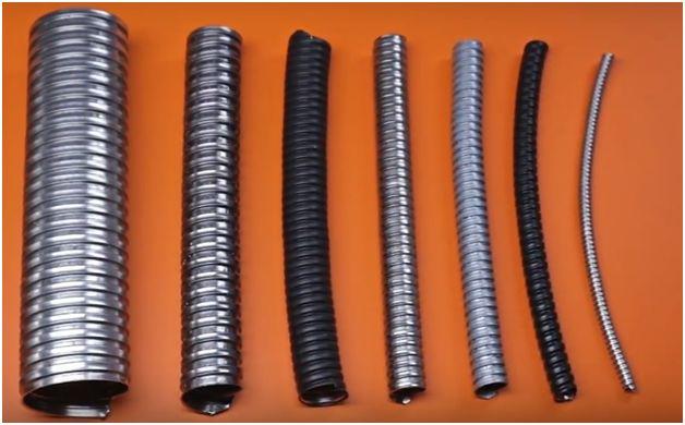 Гофрированная стальная трубка