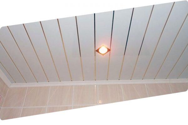 Как монтировать, крепить реечный потолок в ванной. Технология монтажа