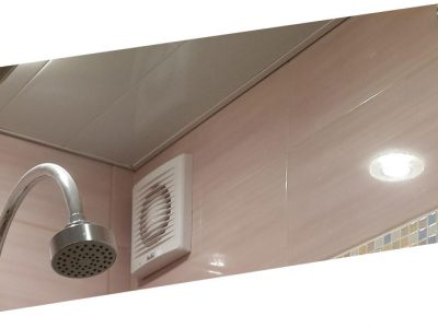 Какие потолки лучше сделать в ванной комнате?